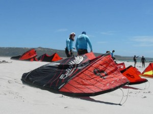GALLERY KITING  (31)