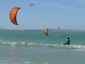 GALLERY KITING  (33)
